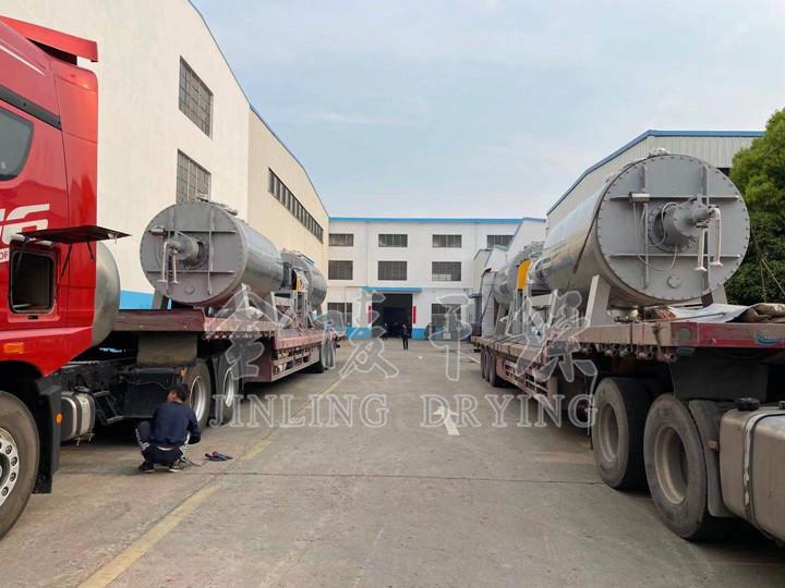 山东客户订购的4台7000型非标耙式已于今日发货